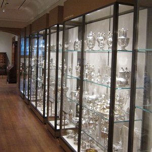 Sealed microclimate cases, American Decorative Arts Silver Gallery, Yale University Art Gallery